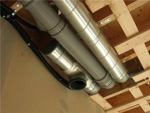 Вентиляция в частном доме из пластиковых канализационных труб - схема обустройства и расчет материала при монтаже