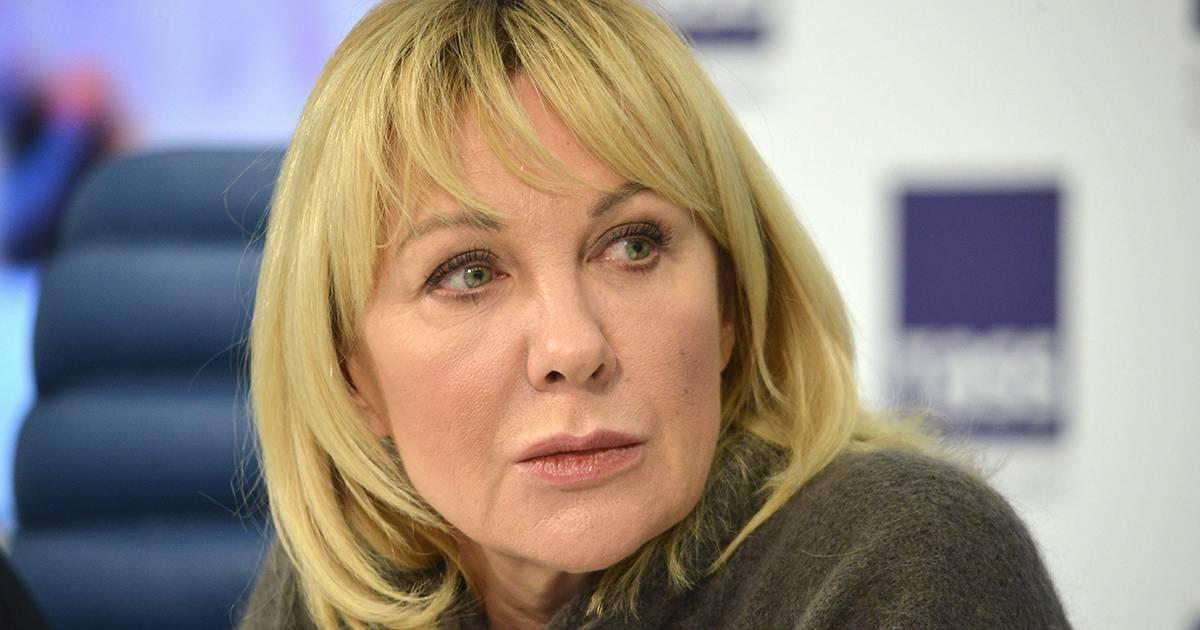 Елене яковлевой – 60: почему актрисе приходится оправдываться за сына и свой внешний вид