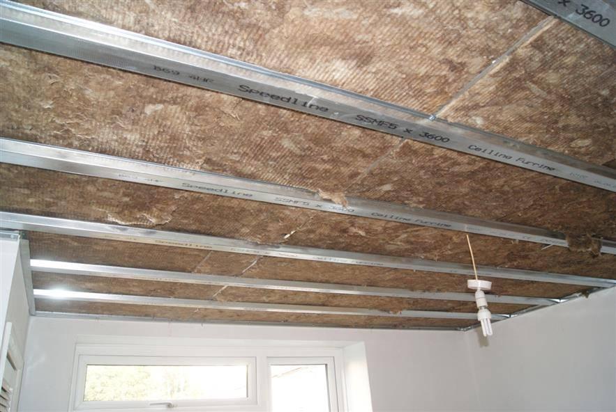 Как сделать шумоизоляцию потолка?