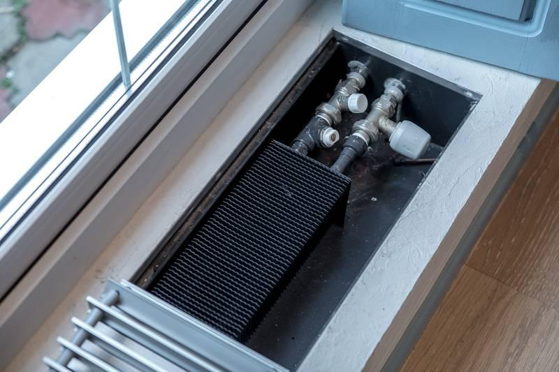 Конвектор, встраиваемый в подоконник — эконом вариант обогрева жилья