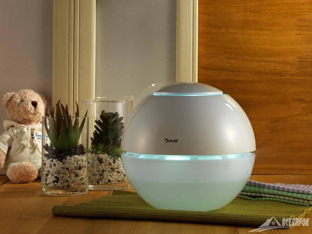 Какую воду заливать в увлажнитель воздуха: обычную или...