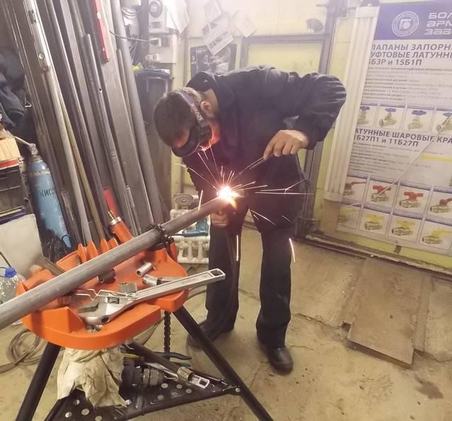 Замена батарей на газосварке: установка радиаторов отопления, порядок выполнения газосварочных работ