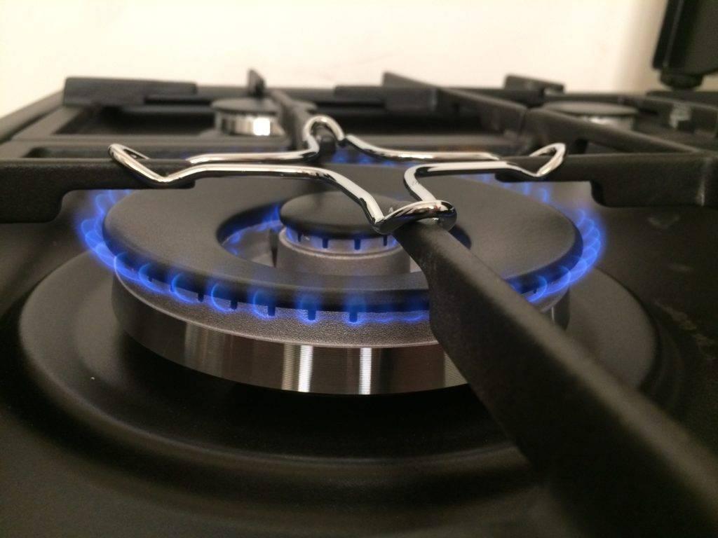 Замена газовой плиты в квартире: закон, можно ли поменять самому