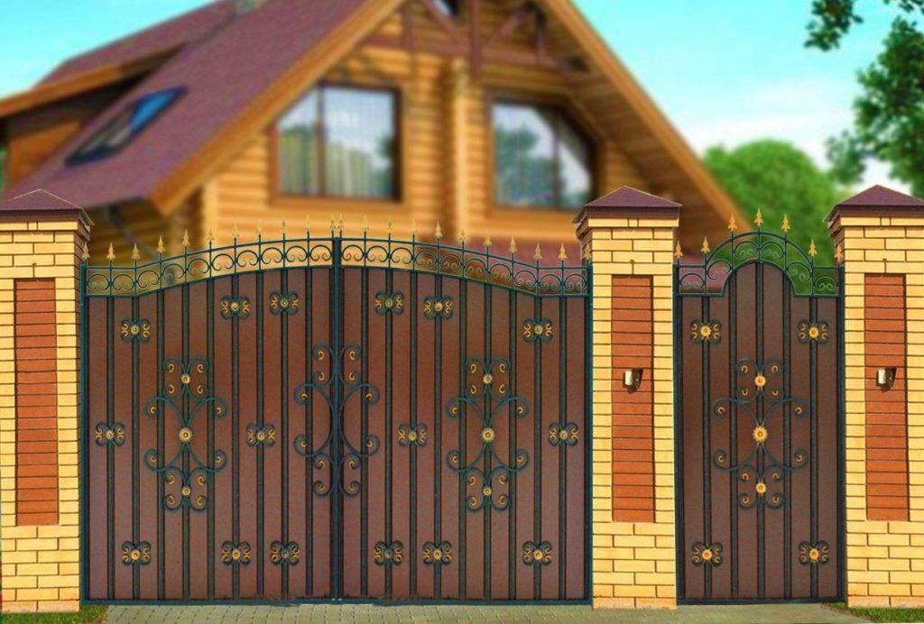 Правильный выбор или постройка металлических ворот, включающих внутри себя калитку: цена работ и фото решений