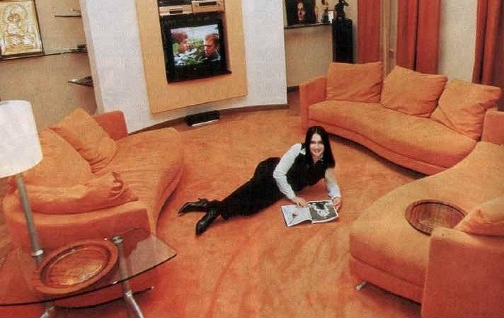 Как и где живут звезды шоубизнеса в крыму: квартира в борделе и дворец с танцующим фонтаном (фото)