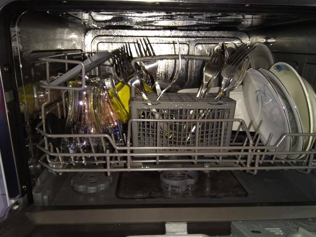 Как пользоваться посудомоечной машиной правильно - первый запуск и последующая эксплуатация