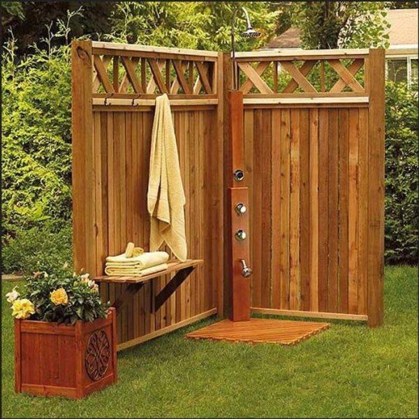Деревянный душ для дачи своими руками – как сделать душевую из дерева (досок и бруса) в саду