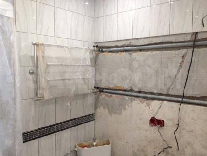 Перенос полотенцесушителя в ванной на другую стену: инструкция