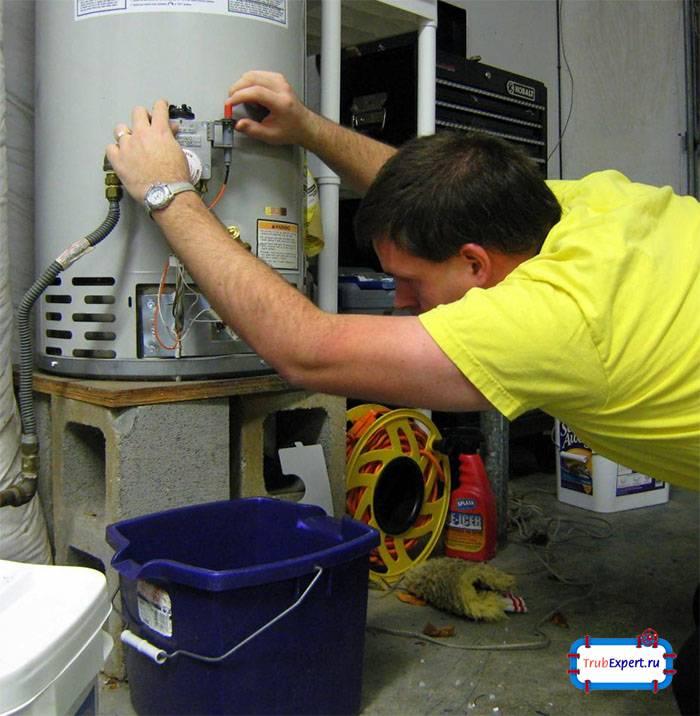 Потек газовый котел отопления: что делать, причины