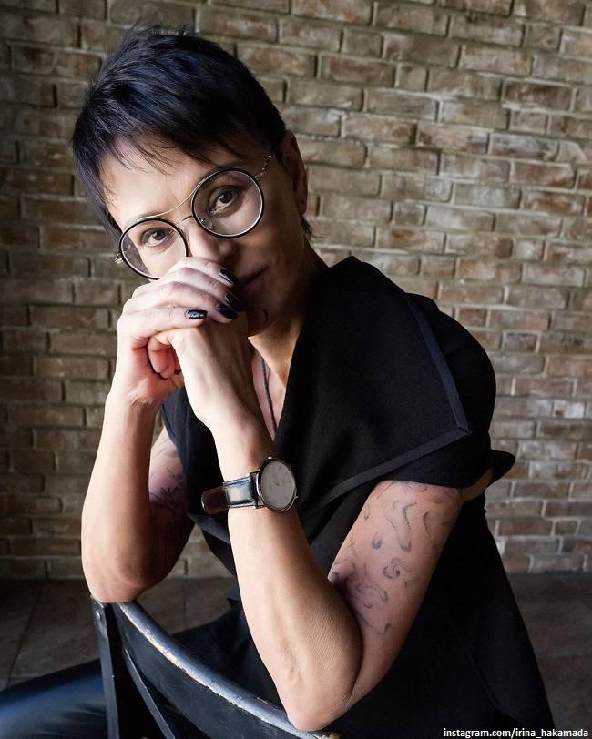 """""""изменяли все четверо"""": хакамада объяснила, почему на протяжении 20-лет живет в свободных отношениях"""