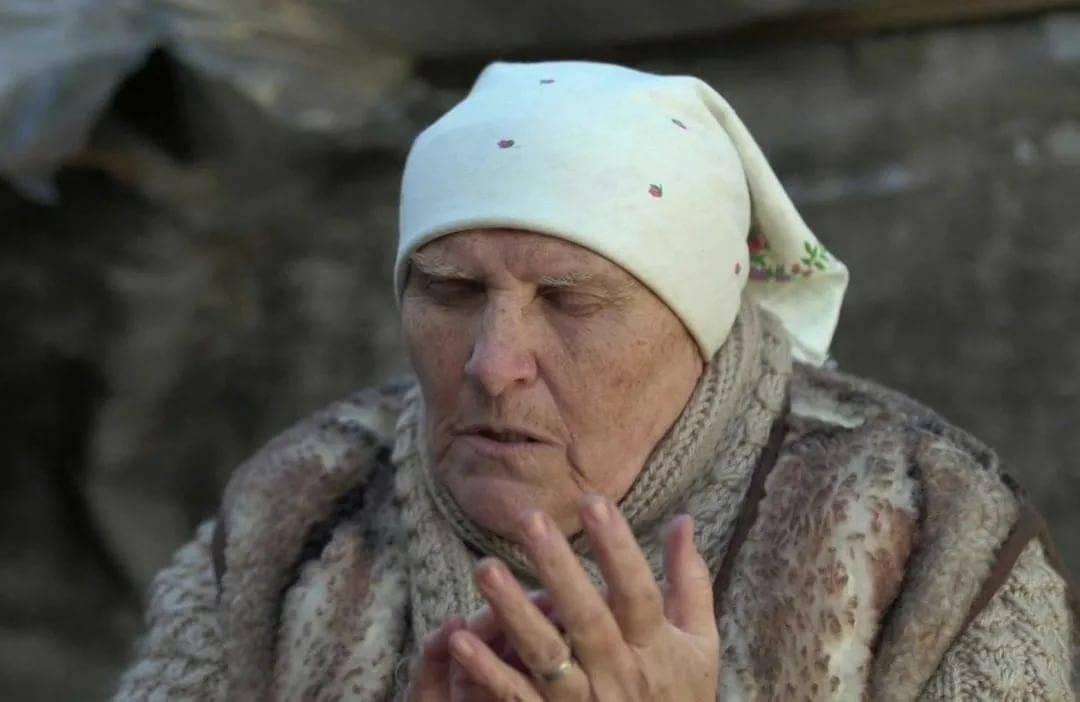 Живет ли баба нина или умерла