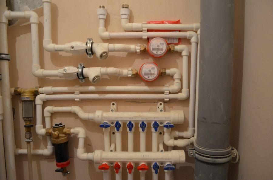Монтаж пластиковых труб для водопровода: 3 способа, советы и цены