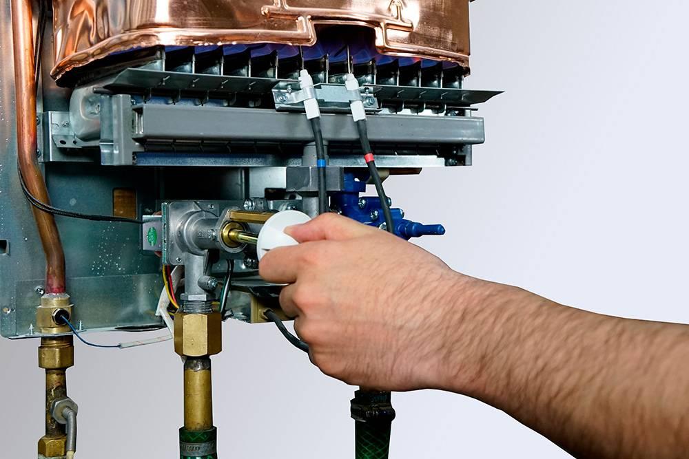 Не загорается газовая колонка при включении воды: что делать