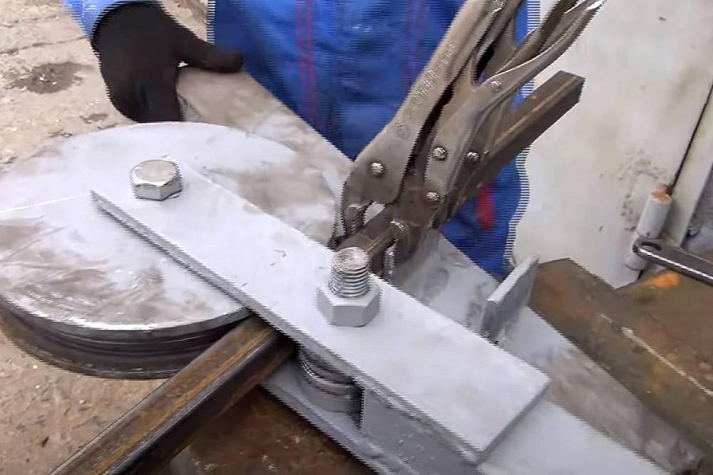 Как правильно согнуть трубу без трубогиба
