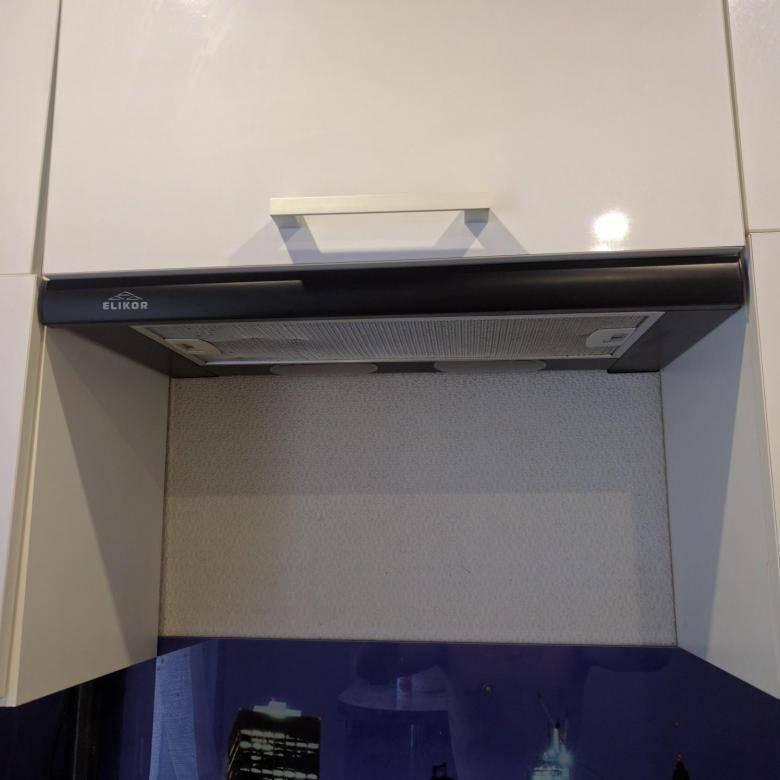 Вытяжка, встраиваемая в шкаф 60 см: выбор и установка