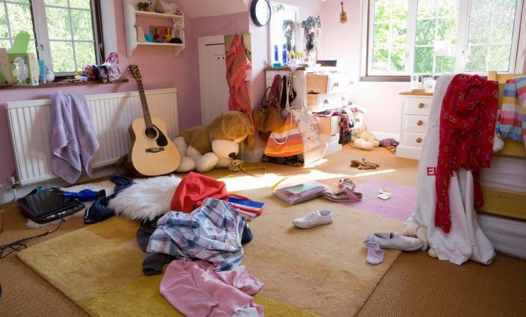 В какие дни убираться, мыть полы дома – приметы про уборку на неделю
