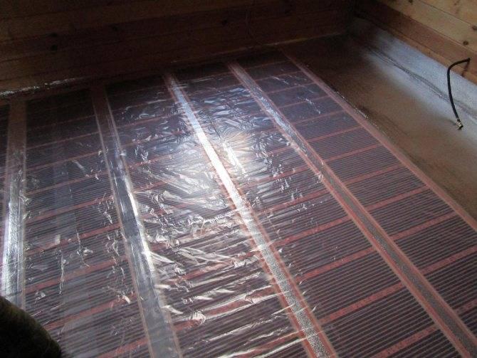 Тёплый пол и ковёр: можно ли класть, насколько они совместимы