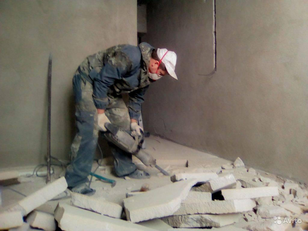 Разборка цементно-песчаной стяжки: инструктаж по демонтажу и его тонкости - малярно штукатурные работы, ремонтов фасадов, работы по благоустройству (валка, обрезка деревьев) в санкт петербурге и области