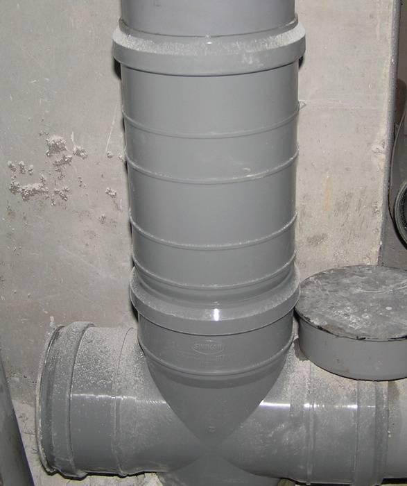 Переход с чугуна на пластик, как вставить трубу 110 без раструба в чугунную канализацию