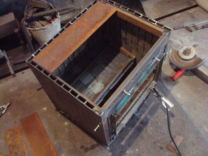 Печь для гаража (59 фото) — как сделать печку своими руками, самодельные конструкции длительного горения на отработке и дровах