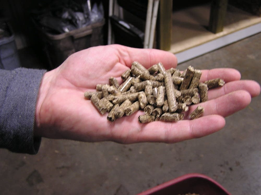 Пеллеты для отопления: общие сведения о гранулах, способы производства топлива для загородного дома