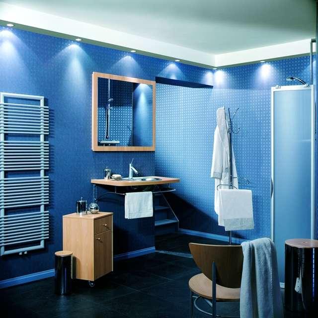 Ванная комната из пластиковых панелей: дизайн и отделка  - 24 фото
