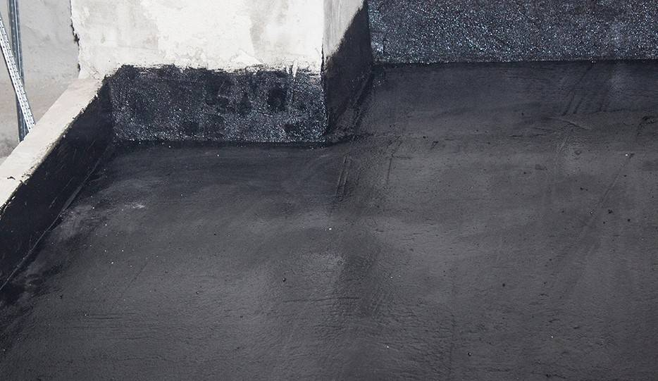 Гидроизоляция пола под стяжку: выбор материала и пошаговые инструкции