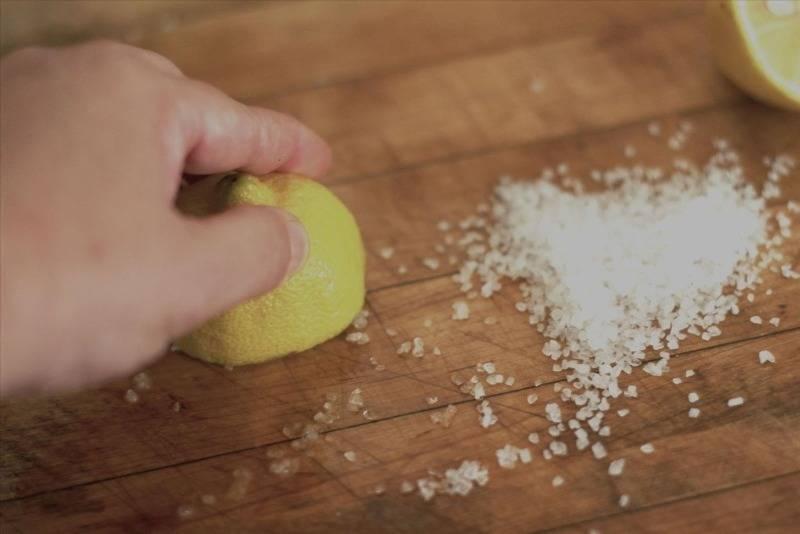 Чем убрать известковый налет (водяной камень) с разных поверхностей