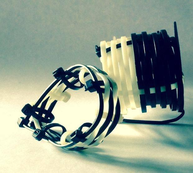 Кабельные хомуты-стяжки: пластиковые, нейлоновые и крепежные. основы работы со стяжками, инструкция по выбору