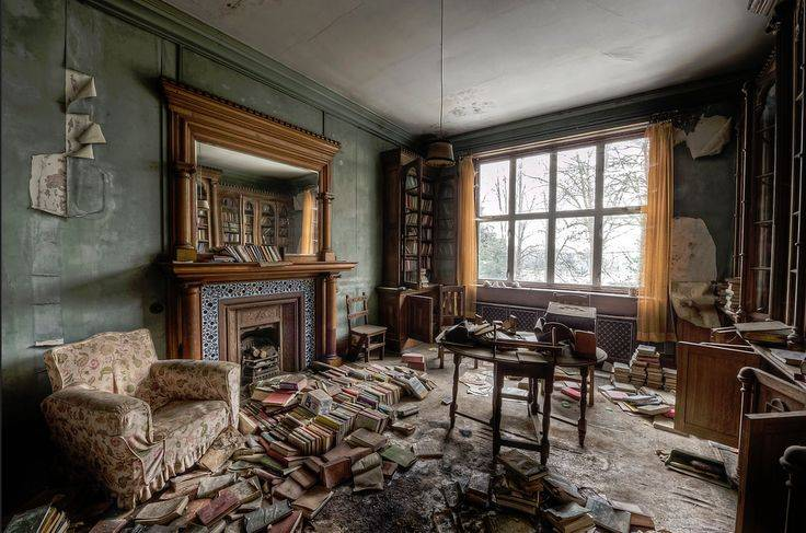 ???? 10 заброшенных домов: интерьеры, от которых кровь стынет в жилах.