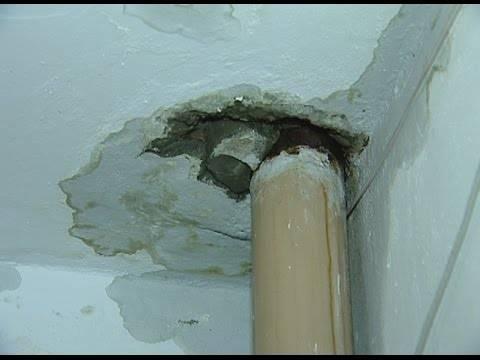 Как правильно производится гидроизоляция потолка в ванной комнате?