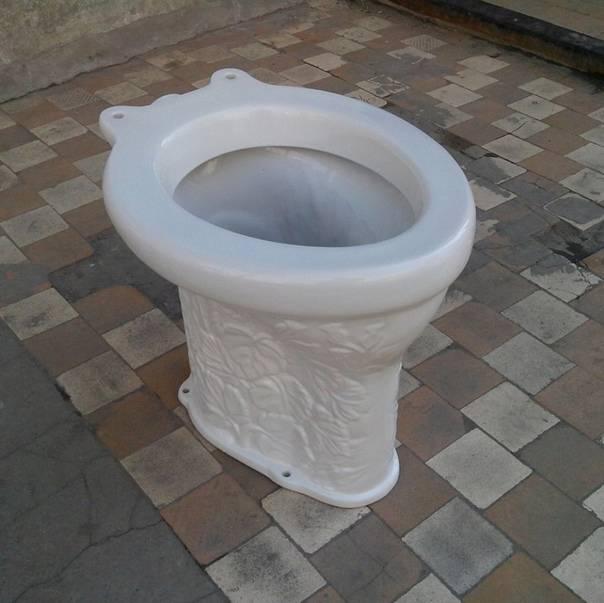 Туалет для дачи: советы в выборе типа туалета для дачи. требования к постройке. выбор места и материалов. коммуникации для санузлов дома и на улице. фото и видео-обзоры