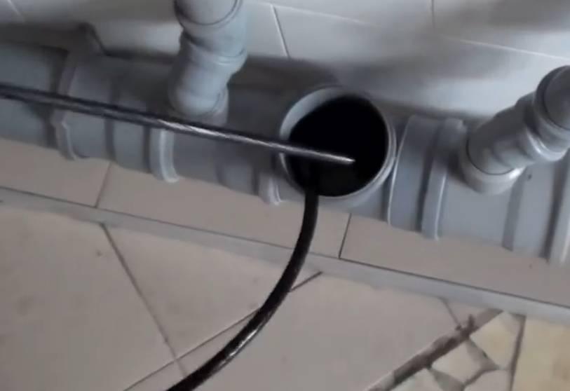 Чем прочистить канализационные трубы в частном доме - варианты в домашних условиях