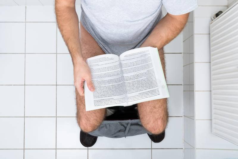 12 ошибок, которые вы совершаете в туалете ежедневно