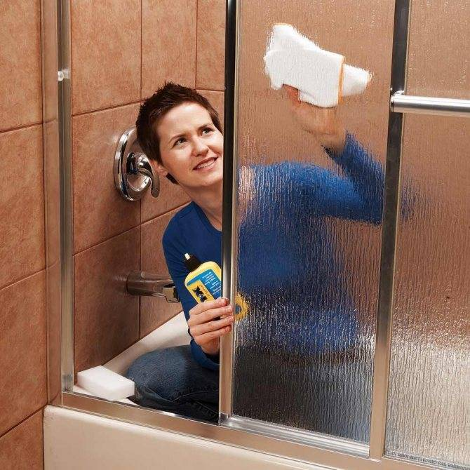 Как и чем мыть душевую кабину: обзор лучших средств и практические советы