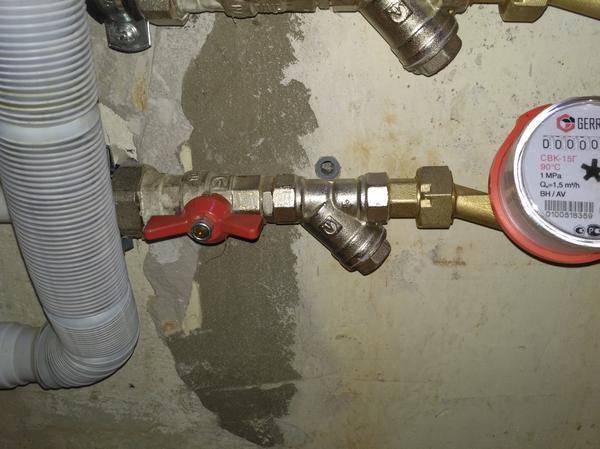 Установка счетчиков воды в частном доме — правила и особенности установки