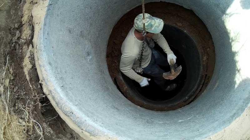 Технология копки колодца из бетонных колец вручную