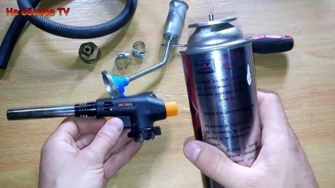 Как заправить зажигалку газом из баллончика правильно?