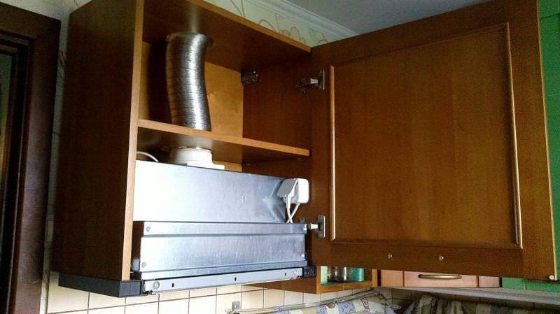 Можно установить встроенную вытяжку 60 см в навесной шкаф 100 см?