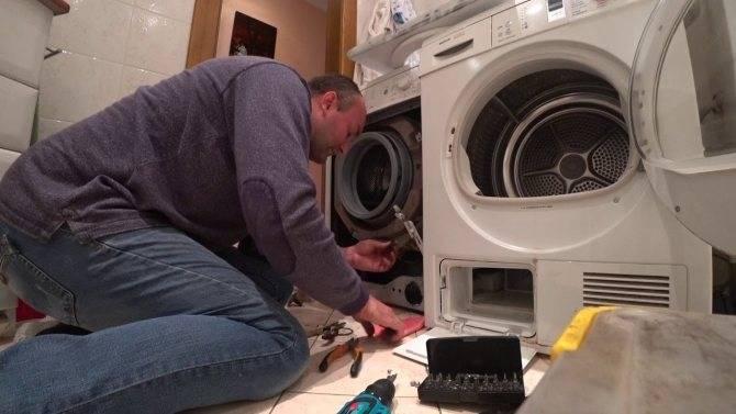 При отжиме сильно шумит стиральная машинка lg: причины шума на высоких оборотах в стиралках с прямым и ременным приводом, способы устранения проблемы