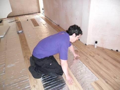 Теплый пол под ламинат на деревянный пол - делаем правильно!