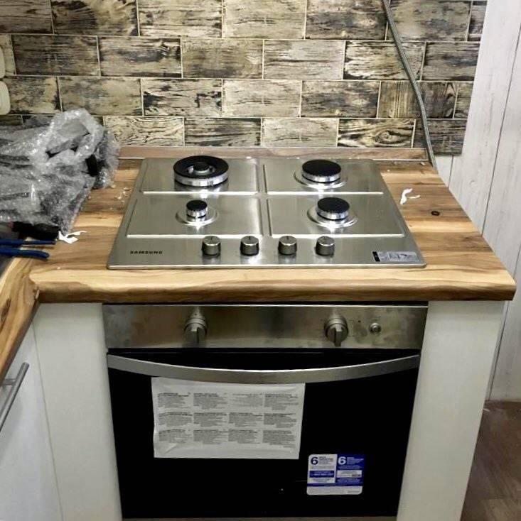 Чем закрыть стену за газовой плитой: общие рекомендации. фартук для стены кухни за газовой плитой: идеи, советы для защиты газовой плиты и стены
