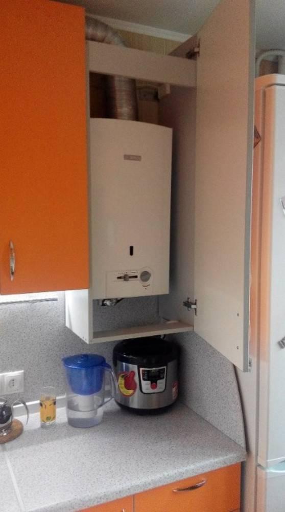 Можно ли газовую колонку спрятать в шкаф: технологические нюансы