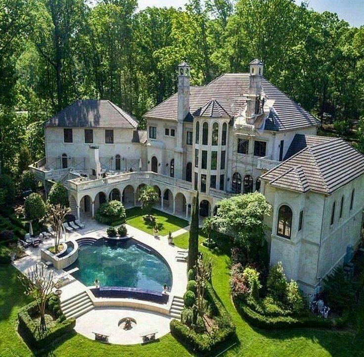 3 дома самых богатых людей в мире (фото)