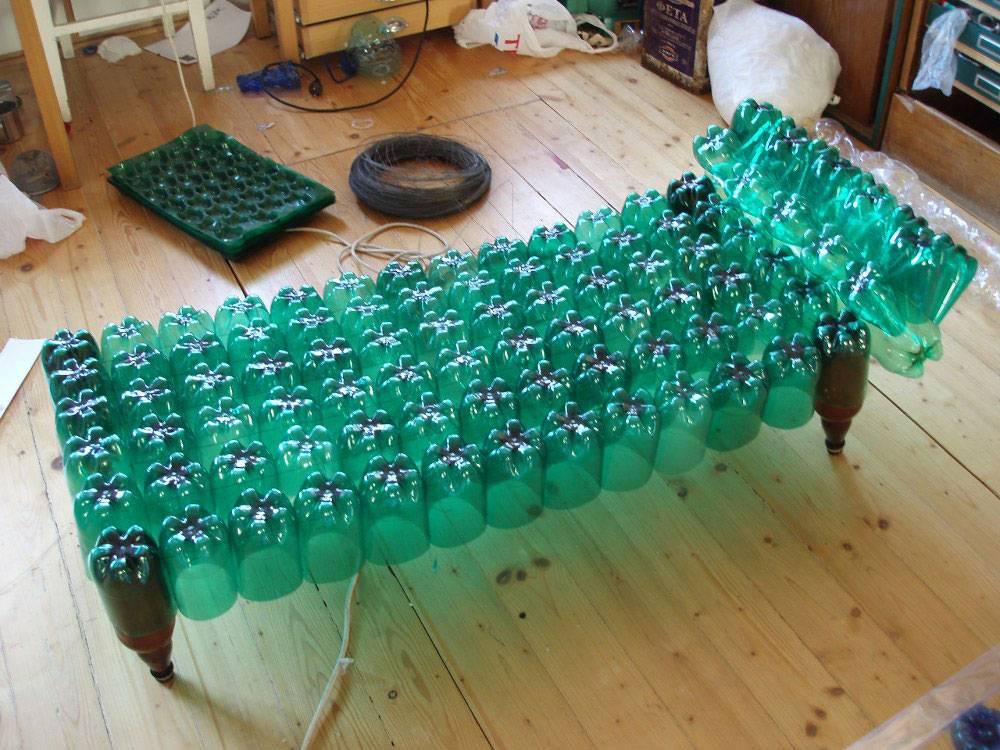Как переработать пластиковые бутылки в непромышленных условиях и что можно производить из них для организации бизнеса, а также полезные советы