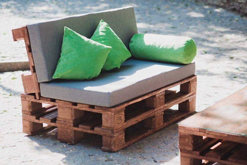 Мебель из поддонов - 80 фото интересных идей украшения интерьера