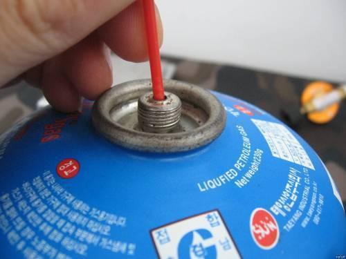 Как заправить краской баллончик аэрозольный. как заправить краску в аэрозольный баллон? способ с – изготовление многоразового баллончика