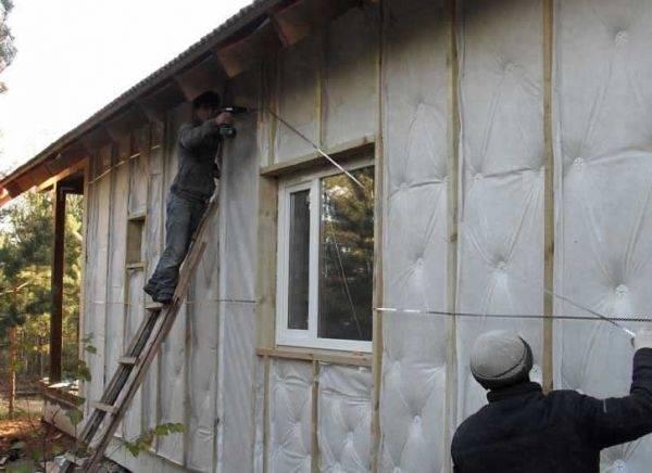 Как выбрать материал для теплоизоляции стен снаружи для кирпичного, деревянного и пенобетонного дома