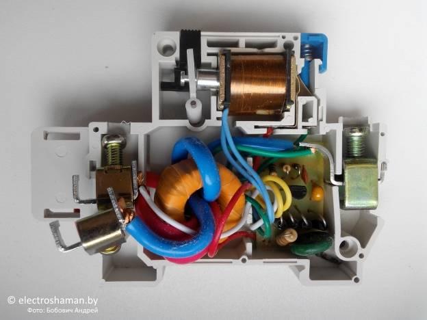8 причин, почему плита выбивает автомат или узо | рембыттех
