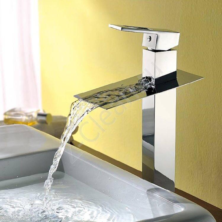Врезной смеситель для ванны водопад (vodopad mala victoria)